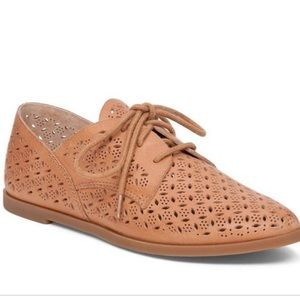 Lucky Brand Yates's Laser Cut Oxford Flats